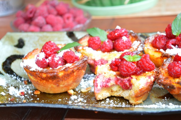 raspberry cupcakes