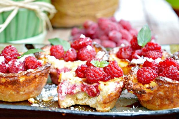 raspberry cupcakes2