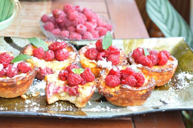 raspberry cupcakes3