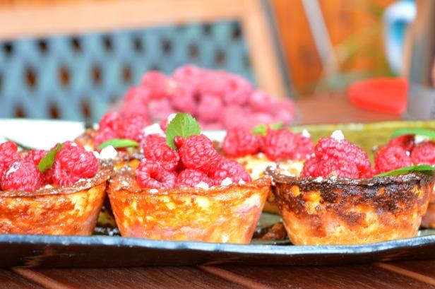raspberry cupcakes4